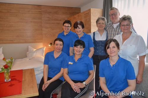 alpenhof_serviceteam_4608